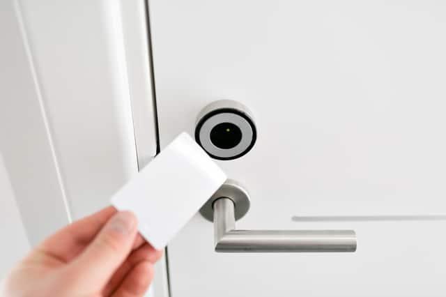 ドアのオートロック